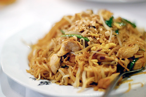 keos_chicken_pad_thai.jpg