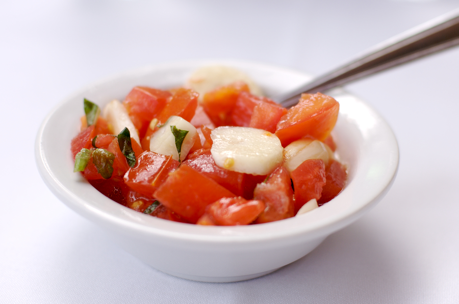 al_dente_tomatoes_and_garlic.jpg